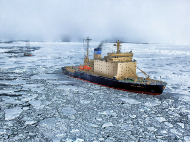 Photo : Transportation systems in the Arctic: A systematic literature review using textometry