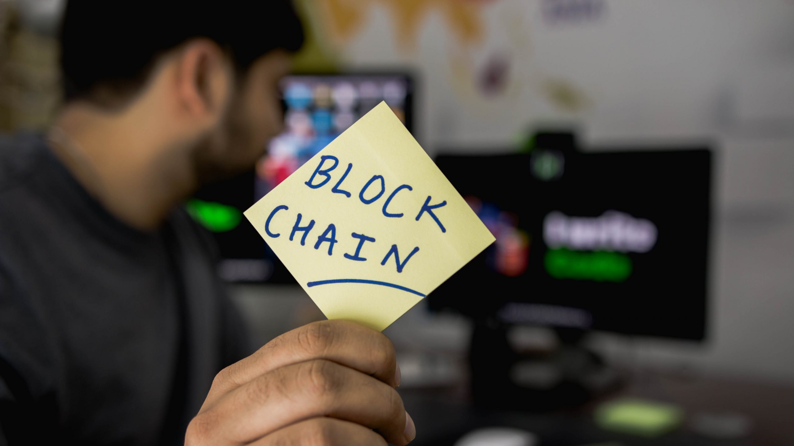 Photo : How Blockchain can impact Financial Services